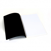 SOFTBACK SEWN SKETCH BOOK 150g OVERSIZED A4 40pp  BLACK COVER